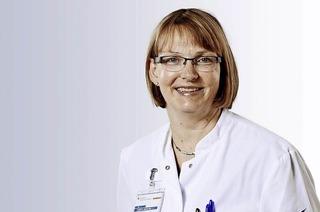 """Gesundheitsforum der Kreiskliniken mit Dr. Christel Beeskows Vortrag """"Der verwirrte Patient im Krankenhaus"""" in Lörrach"""