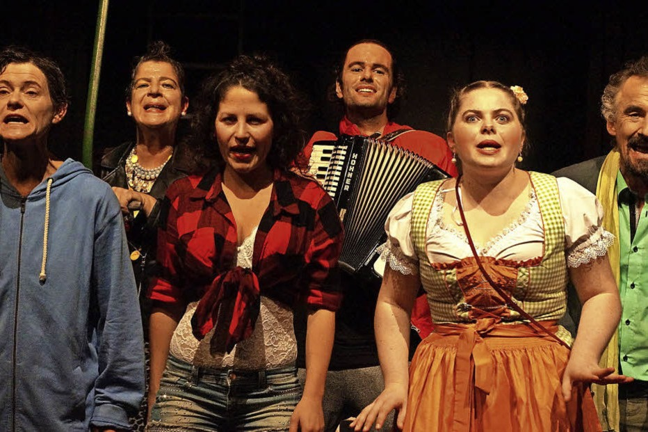 """Theatergruppe Gut & Edel spielt """"Die Sieben Todsünden"""" bei Themus Fugit in Lörrach - Badische Zeitung TICKET"""