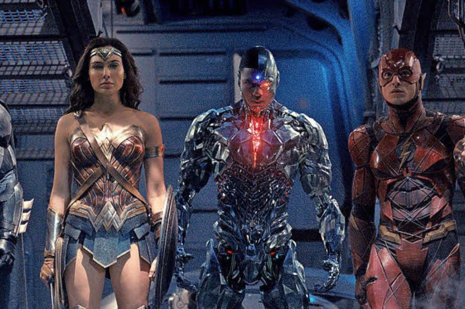 """Jeremy Irons über """"Justice League"""", Humor und Trump - Badische Zeitung TICKET"""