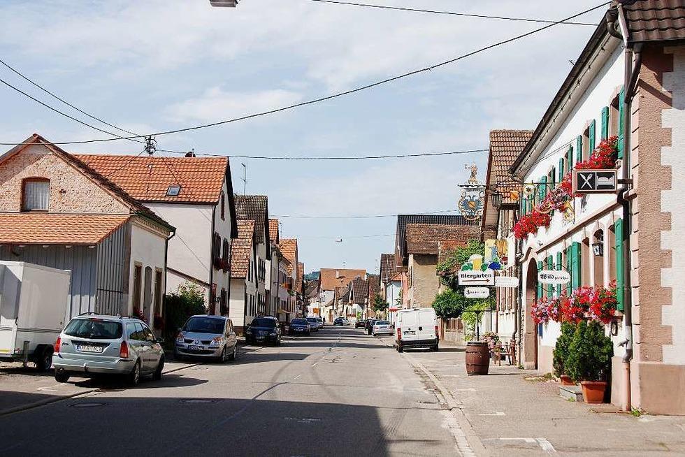 Restaurant-Weinhotel Adler (Königschaffhausen) - Endingen