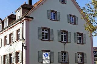 Hinter der Tür des Alten Rathauses in Kirchzwarten wurde getrunken, gelernt und Politik gemacht