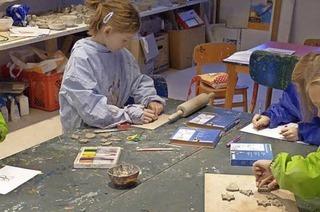 Ein Besuch bei der Kinder- und Jugendkunstschule Klecksel im ehemaligen Buchheimer Rathaus