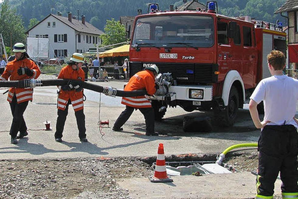 Feuerwehrhaus Hägelberg - Steinen