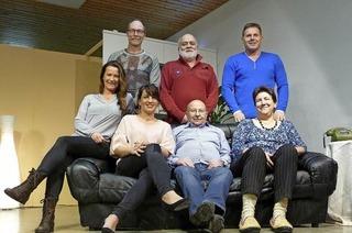 Laienspielgruppe des FV Dinglingen bringt in Lahr eine Komödie auf die Bühne