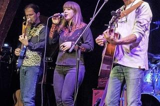 """Die Wise Dietkron Band gastiert auf der """"The Sky is Falling Tour"""" in Rheinfelden-Karsau"""