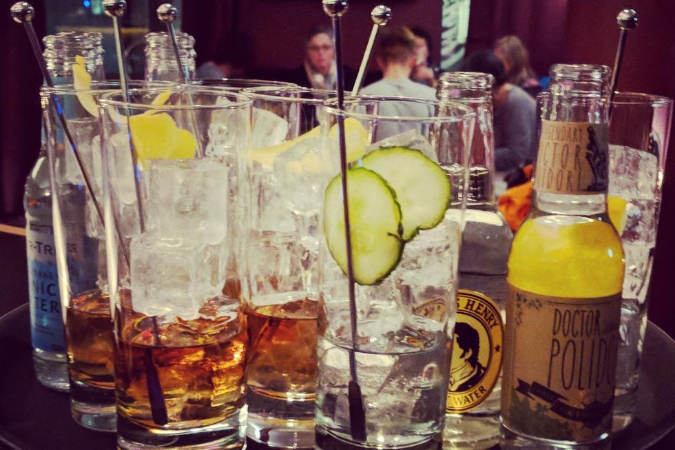 Juri's Cocktail & Wine Bar - Freiburg