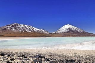 Wolfgang A. Langenkamp zeigt auf der Maja-Bühne Bilder aus Bolivien