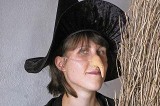 Hexe Milli und Zauberer Sandor zaubern in Obereggenen