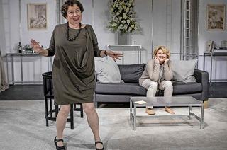 Midlife-Crisis-Komödie mit Saskia Vester und Franziska Traub in der Stadthalle Lahr
