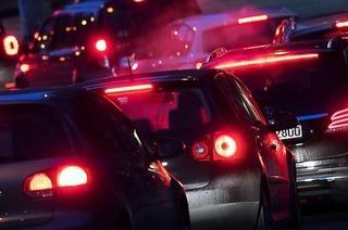 Bundesregierung will die Entscheidung zu Fahrverboten bei den Städten lassen