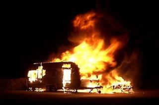 Polizei sucht mit neuem Video nach Hinweisen zum Brandstifter in der Ortenau