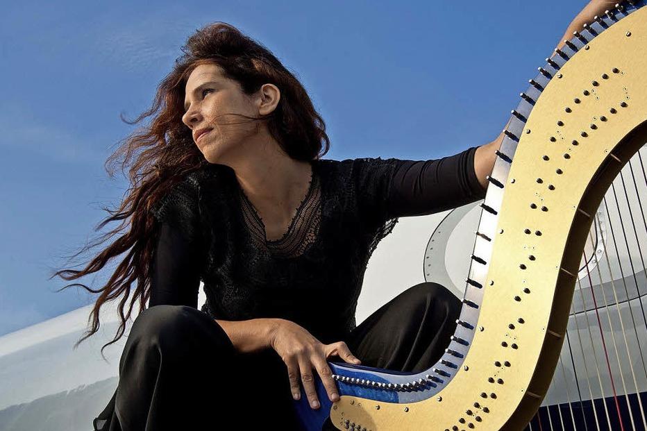 """""""Bossa Nova Night"""" mit Harfenistin Cristina Braga und Trio im Lörracher Jazztone - Badische Zeitung TICKET"""