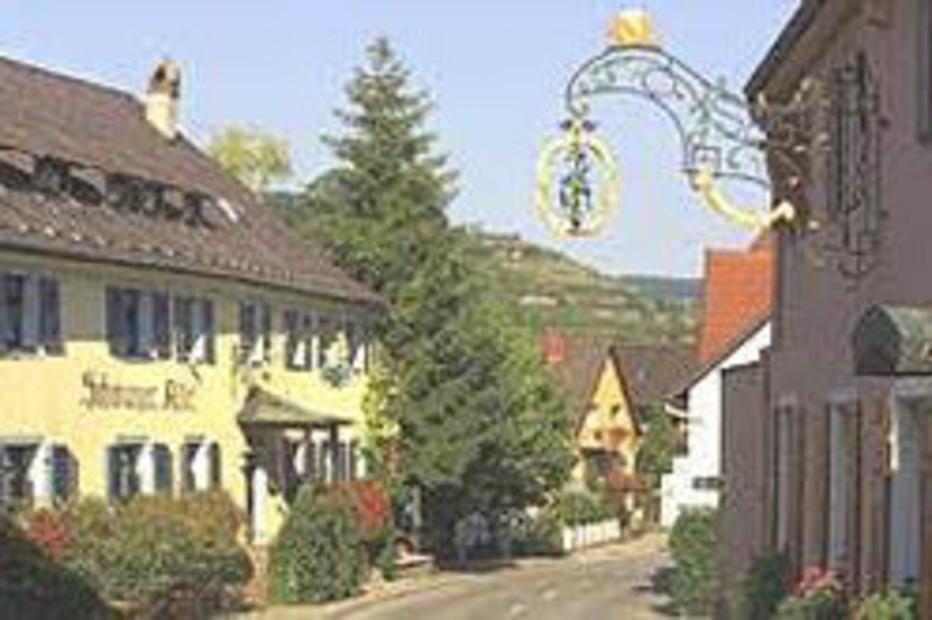 Restaurant und Weingut Schwarzer Adler (Oberbergen) - Vogtsburg