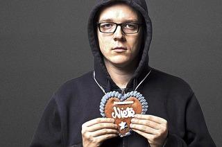 Ein Vorbild im Scheitern: Der Kabarettist Nico Semsrott im Freiburger Paulussaal