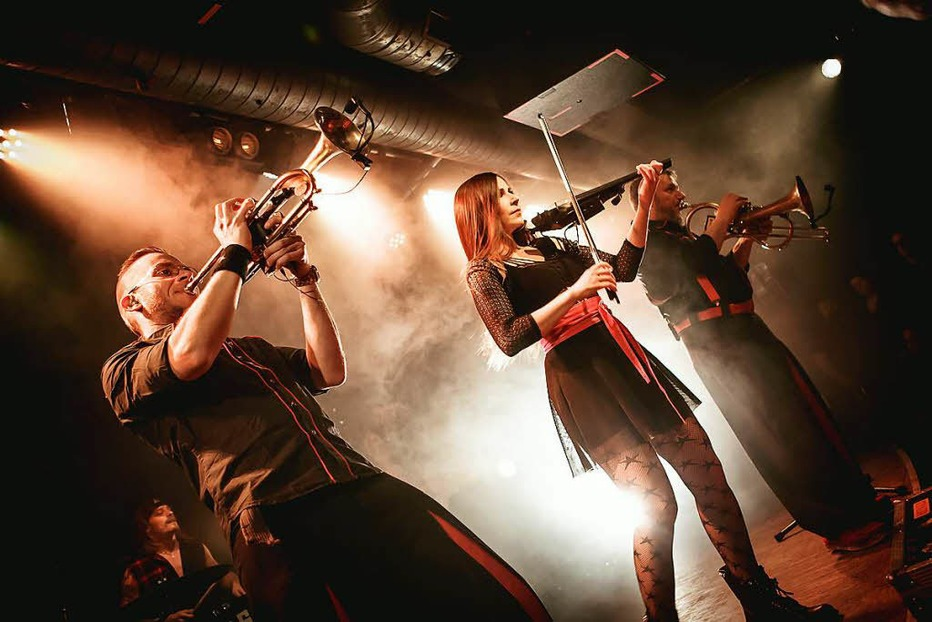 Fotos: Russkaja im ausverkauften Freiburger Jazzhaus