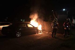Nächtlicher Autobrand in Herbolzheim – Ermittlungen laufen