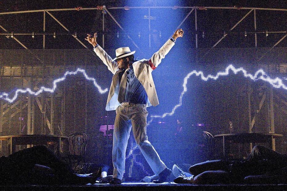 """Tribute-Show """"Thriller - live"""" bringt im Musical-Theater Basel Michael Jackson zurück auf die Bühne - Badische Zeitung TICKET"""