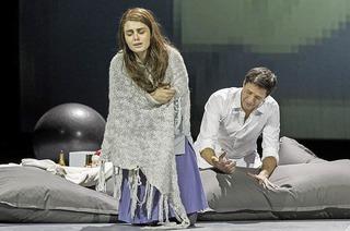 "Frank Hilbrich inszeniert die Puccini-Oper ""La Bohème"" am Theater Freiburg"