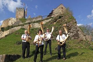 Trinationales Alphorntreffen in Steinen und Lörrach