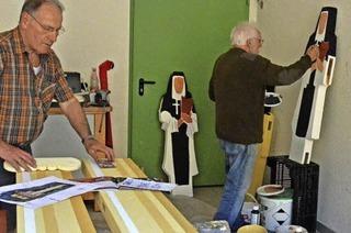 Skulpturen werben für die Domfestspiele