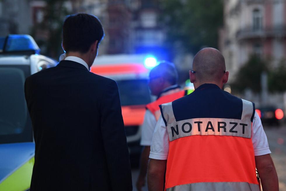 Angriff auf Wahlparty: Mann schlägt Martin Horn mit der Faust ins Gesicht - Badische Zeitung TICKET