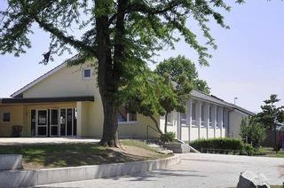 Montessori-Bildungshaus (Zienken)