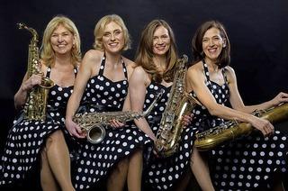 Frollein Sax und Les Saxophous