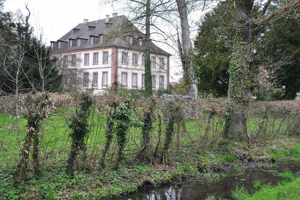 Schloss (Neuershausen) - March