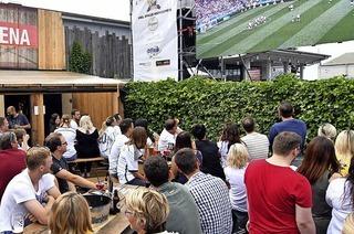 Zum Public Viewing in Fröhlichs Kneipenclub in Lahr