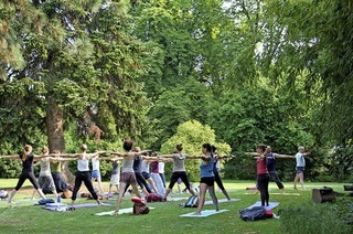 Der internationale Yoga-Tag in Freiburg