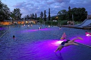 Nachtbade-Termine im Naturbad Riehen