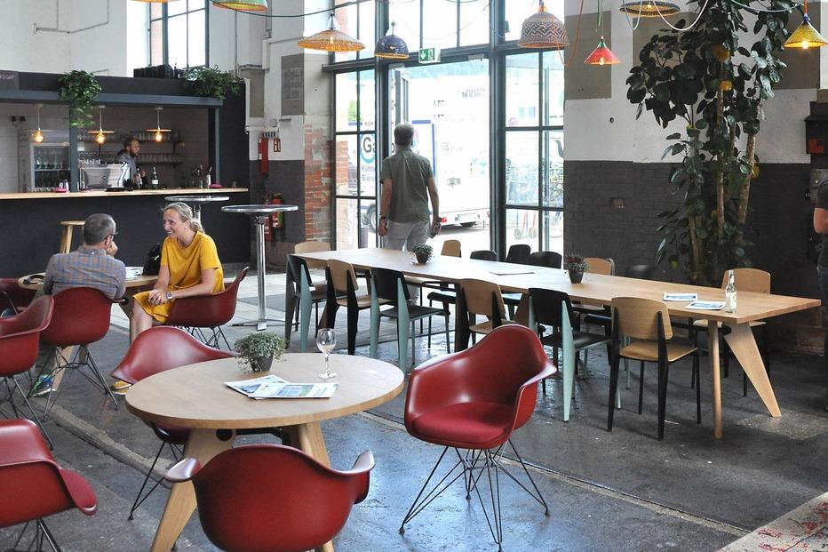 kreativpark lokhalle freiburg badische zeitung ticket. Black Bedroom Furniture Sets. Home Design Ideas