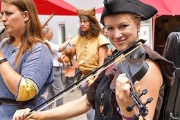 Fotos: 800 Jahre Reiselfingen mit mittelalterlichem Spektakel