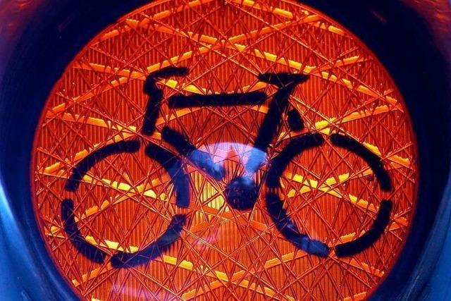 Auf dem Rad einer Ampel ausweichen: Cleverer Trick oder verboten?