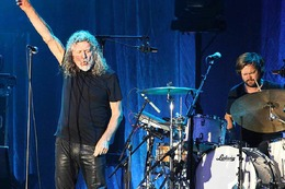Fotos: Robert Plant & The Sensational Space Shifters beim Stimmenfestival