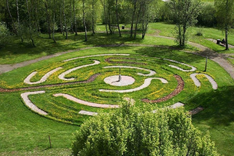 Barfuß-Labyrinth (hinter der Helios-Klinik) - Titisee-Neustadt