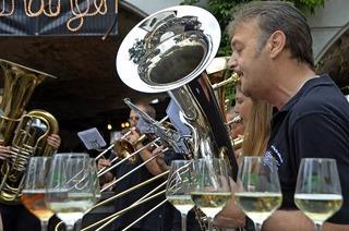 Beim Breisgauer Weinfest wird die Emmendinger Altstadt zur Probierstube