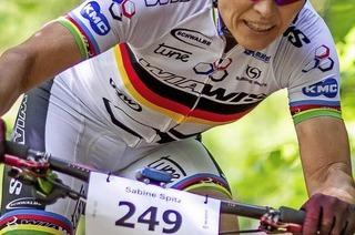400 Mountainbiker am Stadt beim Bike-Giro Hochschwarzwald