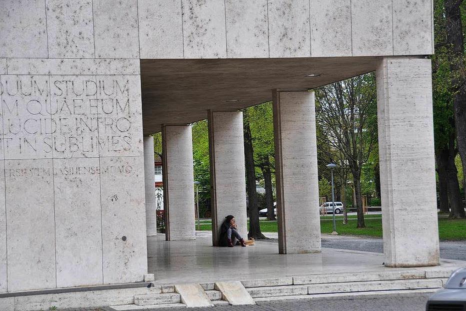 Universität - Basel