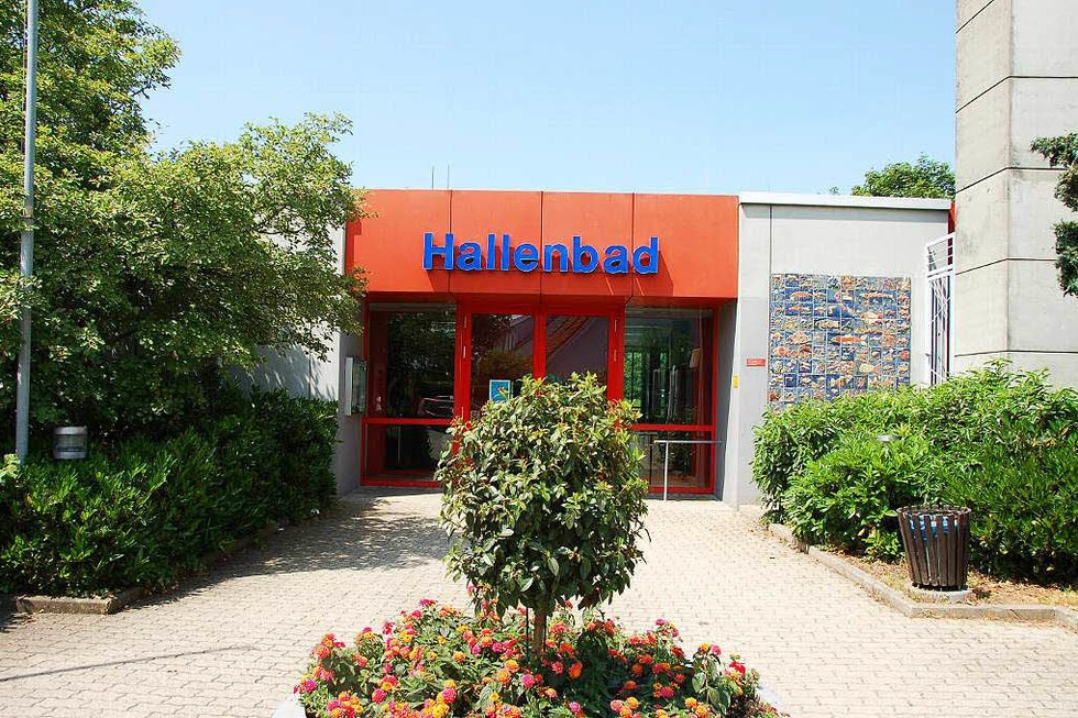 Hallenbad - Neuenburg am Rhein
