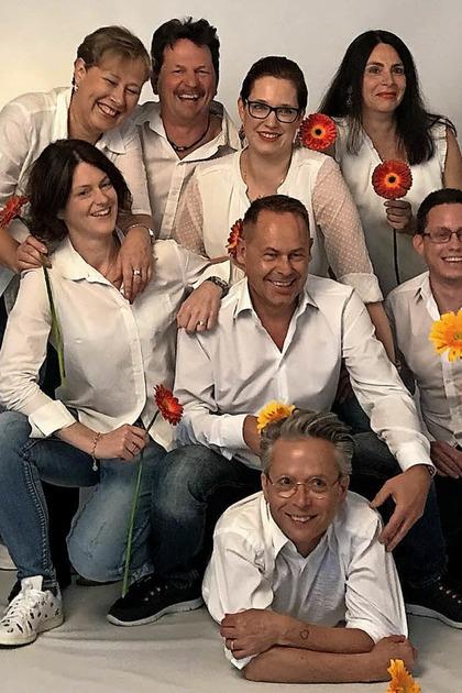 """Theatergruppe miniMix spielt Norman Robbins Komödie """"Akt mit Blumen"""" in Lörrach-Haagen - Badische Zeitung TICKET"""