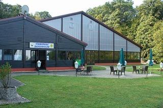 Tennishalle (Tennispark)