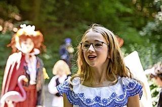 Theaterwanderung mit Alice im Wunderland