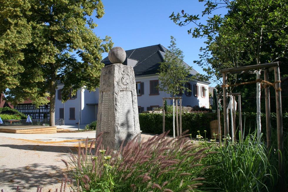 Dorfplatz - Vörstetten