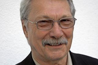 """Henning Venske verabschiedet sich mit """"Summa Summarum"""" auch in der Buchhandlung Kastl in Lörrach von der Bühne"""