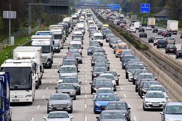 80.000 Euro Schaden nach Unfall auf der A5 bei Rastatt