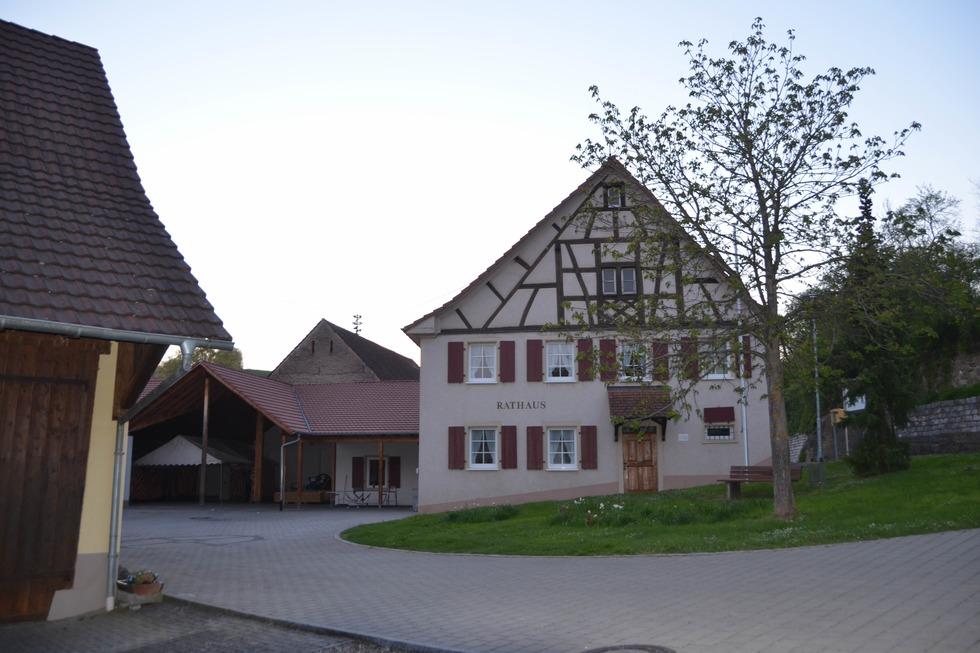 Rathausplatz Welmlingen - Efringen-Kirchen