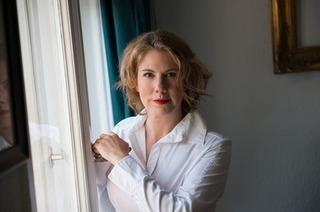 """Nina George stellt ihr Buch """"Die Schönheit der Nacht"""" vor"""