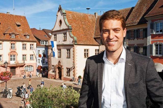 Stadtrundgang durch Endingen mit Bürgermeisterkandidat Tobias Metz