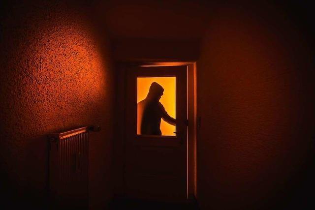 Einbrecher steigen in leerstehendes Haus ein – und finden nichts